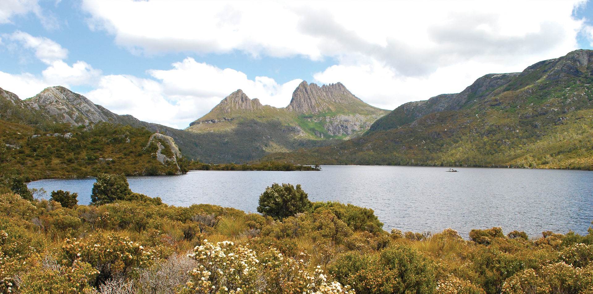 Wonders of Tasmania by Private Plane – Sydney Return
